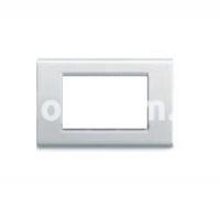 Рамка ZAMA металлическая,  трехмодульная, светло-белый, AVE 45P93BMC